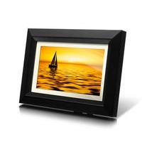 ALURATEK 7 hi-resolution digital photo frame