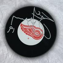 AJ Sports World YZES106050 STEVE YZERMAN Detroit Red Wings