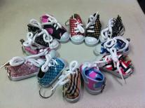 Lot of 12 Chuck Sneaker Canvas Tennis Shoe Keychain Party