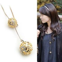 Topstaronline  Elegant Lady's Gold Hollow Double Balls