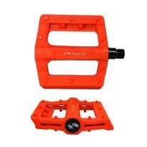 Fyxation Gates Slim Platform Pedal, Orange