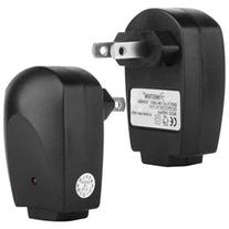 INSTEN Black USB Travel / Wall Charger Adapter Compatible