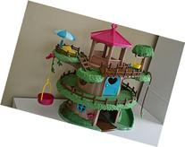 Lil Woodzeez Family Treehouse 22-Piece Playset - Can Be Used