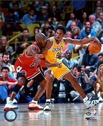 Michael Jordan & Kobe Bryant 1998 Action Photo 8 x 10in