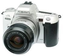 Minolta Maxxum STsi Panorama Date 35mm SLR Camera Kit with