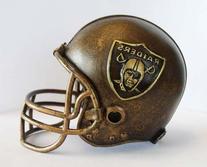 NFL Oakland Raiders Desktop Helmet Statue