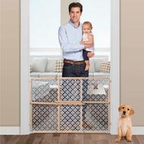 Summer Infant Secure Pressure Mount Wood and Plastic Deco